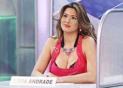 http://4.bp.blogspot.com/-GMKvVUPzUXE/TjHS3tqjauI/AAAAAAAARrk/gSOEZr4m77I/s1600/livia-andrade-e-alvo-de-piada-no-programa-silvio-santos-17411-1302891600961_560x400.jpg